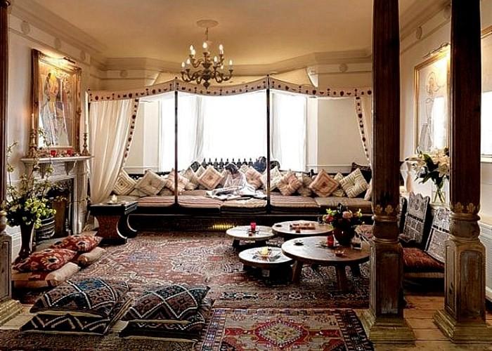 Колонны и ковры