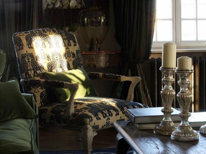 Солнечный свет на кресле