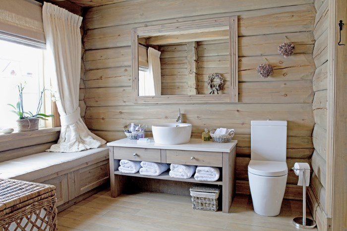 Четыре банных полотенца