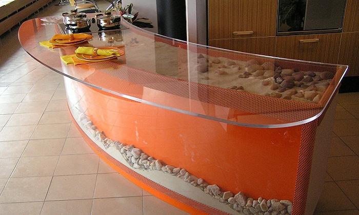 Оранжевая стойка