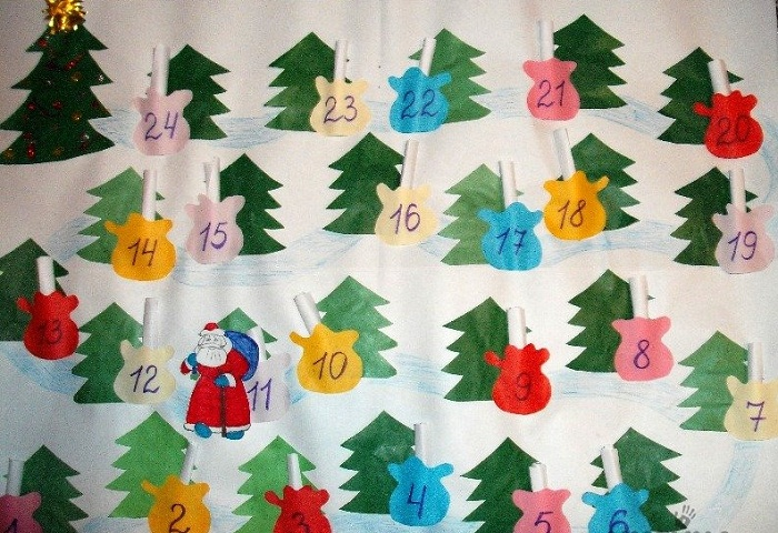 Календарь с елочками