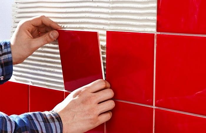 Красная плитка