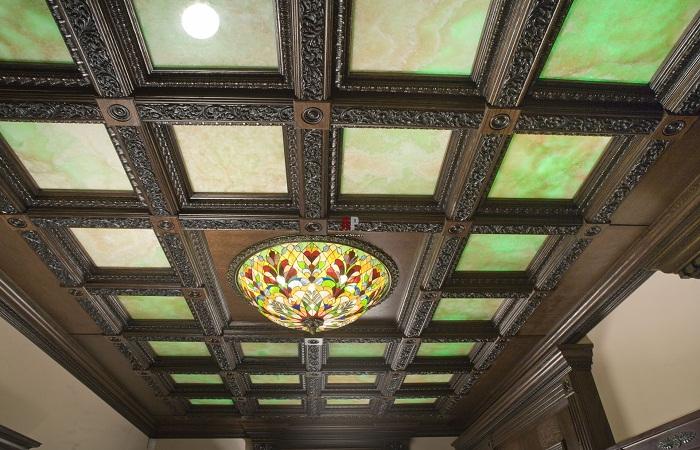 Потолок из полиуретана