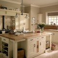 Кухня в цвете слоновой кости